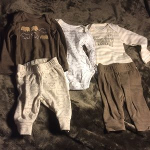 Carter's 3 piece outfit size NEWBORN